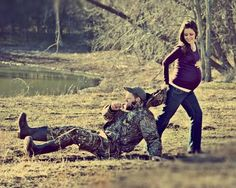 hunting maternity pictures - Google Search I feel like he'll be dragging me outta the woods when I'm bout to pop!:p