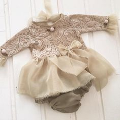 Newborn Lace Romper, baby bloomer,baby , baby jumper, baby girl, romper, newborn clothing, photography prop Lace , veil , cotton, velvet vintage pink color