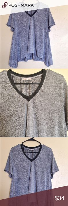 ❤️Zara Metallic Top❤️ Excellent condition! Size medium. No rips, stains or tears. Zara Tops Tees - Short Sleeve