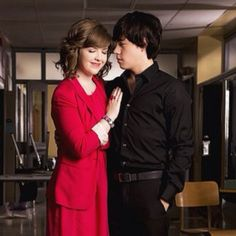 Eli and Clare are my favorite Degrassi couple!