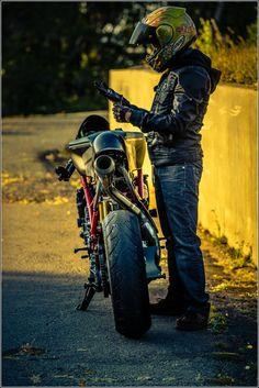 "Ducati 749R cafe racer ""Scarlett"" by Ezikiel J #motorcycles #caferacer #motos | caferacerpasion.com"