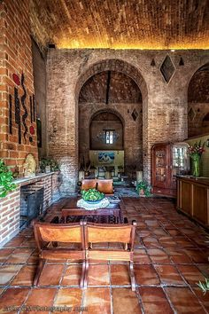 Spanish style homes – Mediterranean Home Decor Hacienda Decor, Hacienda Style Homes, Mexican Hacienda, Mexican Style Homes, Spanish Style Homes, Spanish House, Spanish Revival, Spanish Colonial, Style At Home