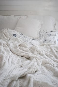 """Cozy looking bed: """"Pillows Soul of Heaven, duvet covers Ikea purchase several years ago, plaid Bloomingville also from an older collection. - picture from Julias vita drömmar"""""""