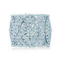 Pulsera estilo encaje<br>con diamantes