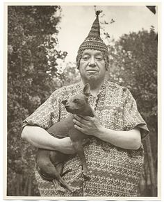 Diego Rivera and his dog (1940)
