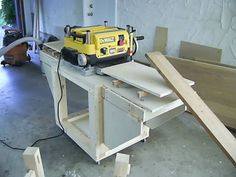 Thickness planer Table