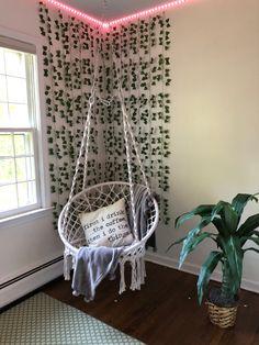 Indie Room Decor, Cute Bedroom Decor, Bedroom Decor For Teen Girls, Room Design Bedroom, Teen Room Decor, Room Ideas Bedroom, Aesthetic Room Decor, Dream Teen Bedrooms, Neon Room