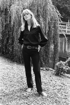 Nico, August 1965 by Harry Fox Timeless Fashion, Vintage Fashion, Beatnik Style, Chelsea Girls, Delon, Style Icons, Fashion Models, Street Style, Style Inspiration