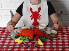 Felt Lobster Crab Seafood Pattern  | Perfect for the coastal play kitchen, or a landlocked culinary explorer. This Lobster Crab Seafood Pattern, covers all the bases for a delicious seafood feast!  ~ #EtsyCrush