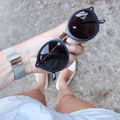 31 bästa bilderna på SUNGLASSES   Solglasögon, Glasögon och