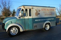 Other Makes Divco Divco Ice Cream Milk Truck Vintage Trucks, Old Trucks, Pickup Trucks, Ice Cream Pizza, Step Van, Old School Vans, Vintage Ice Cream, Bobber Bikes, Classic Trucks