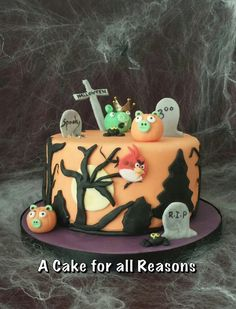 Angry Birds Halloween cake - by DawnE Beautiful Cakes, Amazing Cakes, Cupcake Cookies, Cupcakes, Silhouette Cake, Vanilla Bean Cakes, Designer Cakes, Halloween Cakes, Biscuits
