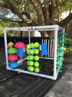 How to Build and Use Your Own Puppy Play Box - a wonderful way to introduce baby puppies to the sights, sounds, touch and motion they will experience during their daily lives. Diy Dog Stuff, Puppy Playground, Playground Ideas, Dog Litter Box, Dog Backyard, Dog Friendly Backyard, Backyard Ideas, Backyard Landscaping, Dog Enrichment