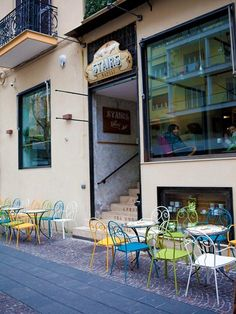 Stairs coffe shop, Naples, 2013 - Tamara Miranda