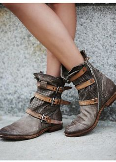 A.S. 98 Womens TOPANGA BUCKLE BOOT
