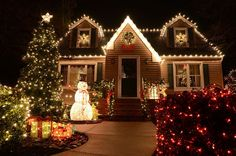 Magical Christmas Light Decoration Ideas for Your Yard published in Pouted Magazine Home Decorations - No one can deny the importance of holiday lights in both indoor and outdoor Christmas decorations. They have a unique ability to play a major role in Christmas Lights Outside, Christmas Decorations For The Home, Christmas Porch, Magical Christmas, Noel Christmas, Holiday Lights, Beautiful Christmas, House Decorations, Outdoor Decorations