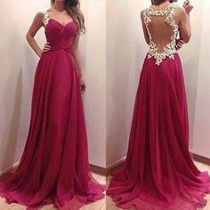 Beautiful Lady wear beautiful dress but with the Dazzlenami Jewelry she looks Awesome
