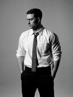 I really need to stop looking at pictures of him and try and get back to work-aaron taylor-johnson
