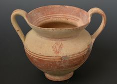 Greek Antiquities - Large Daunian Kantharos Large pottery kantharos decorated in red-brown Greek Antiquity, Antiquities, Bottles, Mad, Coins, Stamps, Pottery, Collections, Jewellery
