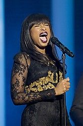 Jennifer Hudson will perform with students from Sandy Hook Elementary School at the Super Bowl. (via @Matty Chuah Wall Street Journal; photo: Getty Images) Sandy Hook, Jennifer Hudson, I Love Music, Heartstrings, Black Girls Rock, American Idol, Wall Street, Elementary Schools