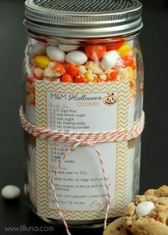 Halloween Cookies Jar Gift with printable Recipe
