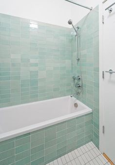 Manifold Schwartz/Lee New York Apartment Project Bath .... I love the color of the tiles!