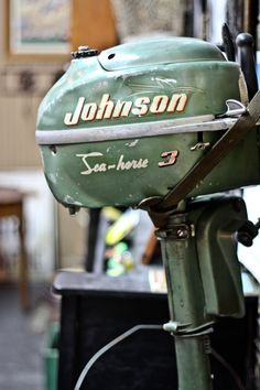 an old Johnson boat motor great all piece for any lake cabin