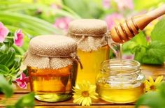 Мед от кашля - лечебные рецепты с чаем, лимоном, чесноком или маслом для детей и взрослых