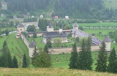 Bisericile pictate din nordul Moldovei