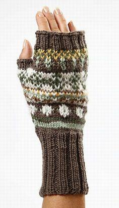 12060 Warm and Beautiful Hand-Knitting