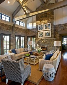Great Rooms With Vaulted Ceilings