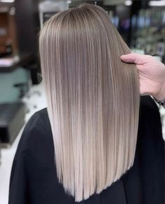 Bouncy Waves - 40 Ash Blonde Hair Looks You'll Swoon Over - The Trending Hairstyle Brown Ombre Hair, Brown Blonde Hair, Ombre Hair Color, Blonde Brunette, Ash Blonde Hair Balayage, Ash Blonde Balayage, Silver Ombre, Medium Hair Styles, Short Hair Styles