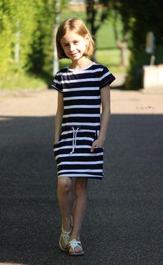 EBOOK Pia Kids   Fadenkäfer Couture Bb, Sweatshirt Dress, Girl Outfits, Short Sleeve Dresses, Bodycon Dress, Sweatshirts, Casual, Pattern, Sleeves