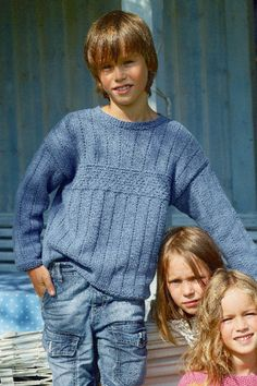 Free Pattern, Child's Sweater With Textured Pattern - This cute sweater is perfect for growing boys. The textured appearance makes it quite the eyecathcer. Thanks to Schachenmayr original Sun City this sweater is also lightweight and easy to wash. Boys Knitting Patterns Free, Knitting Machine Patterns, Sweater Knitting Patterns, Knitting For Kids, Free Knitting, Baby Knitting, Crochet For Boys, Sweater Set, Boys Sweaters