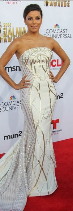 Who made Eva Longoria's jewelry, white strapless gown, and shoes that she wore in Pasadena on October 10, 2014?