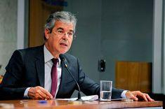 O senador Jorge Viana propõe aumento do imposto para bebidas açucaradas. Foto: Edilson Rodrigues/Agência Senado. Edilson, Portal, Saying No, Toddler Girls