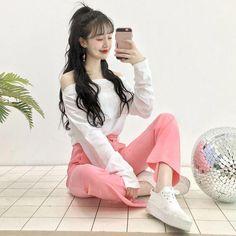 Gorgeous Clothes on korean fashion trends 021 Korean Fashion Dress, Ulzzang Fashion, Kpop Fashion Outfits, Girls Fashion Clothes, Korean Outfits, Asian Fashion, Vetements Clothing, Kawaii Fashion, Mode Style