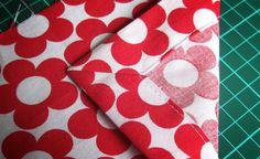 Wie man eine perfekte Briefecke macht, seht ihr auf dem zauberhaften  Blog von pattydoo. Sie hat ganz viele, gut beschriebene Anleitungen. Schaut mal rein!