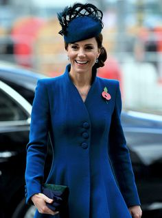 Kate Middleton is representing the British royal family at a Westminster Abbey service to mark Anzac Day on Thursday morning. She was joined by brother-in-law Prince Harry. Duchess Kate, Duke And Duchess, Duchess Of Cambridge, Meghan Markle, Herzogin Von Cambridge, Kate And Harry, Catherine Walker, Pregnant Wife, Anzac Day