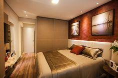 #projetosHAUS Dormitório da casaROUSSELET, Vermelho e tons de bege e marrom predominam no projeto. Para este dormitório pensamos no máximo aproveitamento do espaço sem deixar o ambiente pesado visualmente.