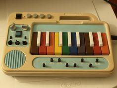 the opposite of what i was, lovelyanimal: Custom circuitbent instruments. Music Machine, Drum Machine, Techno, Vintage Keys, Gorillaz, Retro Futurism, Electronic Music, Music Stuff, Musical Instruments
