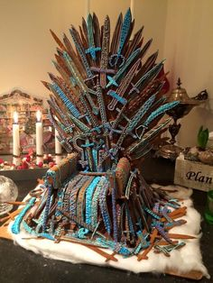 This truly incredible Iron Throne from Game of Thrones. | 13 Epic Gingerbread Houses Inspired By Your Favorite Movie And TV Shows