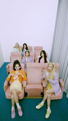 Gfriend Album, Gfriend Yuju, Gfriend Sowon, Kpop Girl Groups, Korean Girl Groups, Kpop Girls, Pastel Outfit, Extended Play, Mamamoo