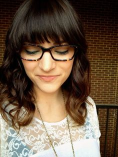 elvira bleu: stripes + specs