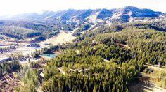 Condo at Bridger Bowl in Bozeman, Montana. #skiinskiout #bozeman #montana #bozemanmontana #bridgerbowl #skilife #skiing #skihomes