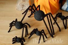 DIY Halloween : DIY Giant Spider  : DIY Halloween Decor