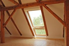 Loft extension, window down to the floor. Loft extension, window down to the floor. Attic Rooms, Attic Spaces, Attic Playroom, Style At Home, Roof Decoration, Diy Roofing, Roof Extension, Farmhouse Renovation, Dormer Windows