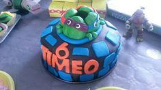 Gateau pate à sucre tortues ninja avec sponge cake et confiture fraise