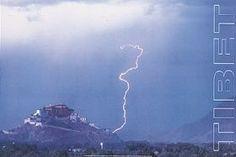 Lightning Over The Patola , Tibet - plakat - 91,5x61 cm  Gdzie kupić? www.eplakaty.pl