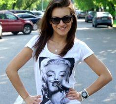 Monroe fav t-shirt